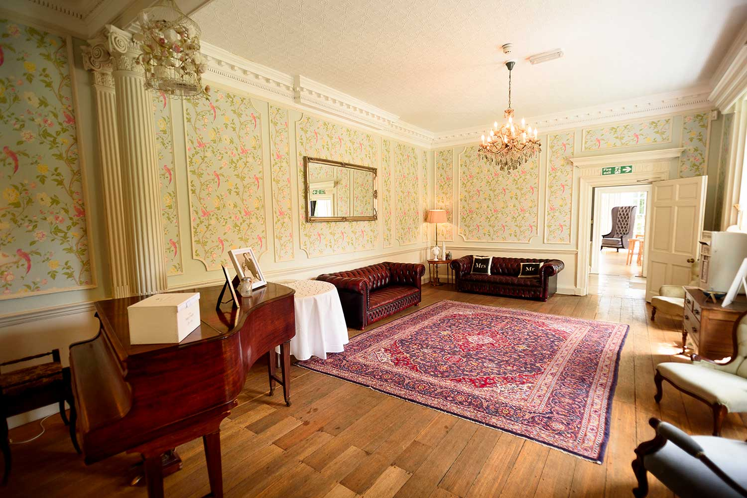 image of ladies morning room at gildredge manor